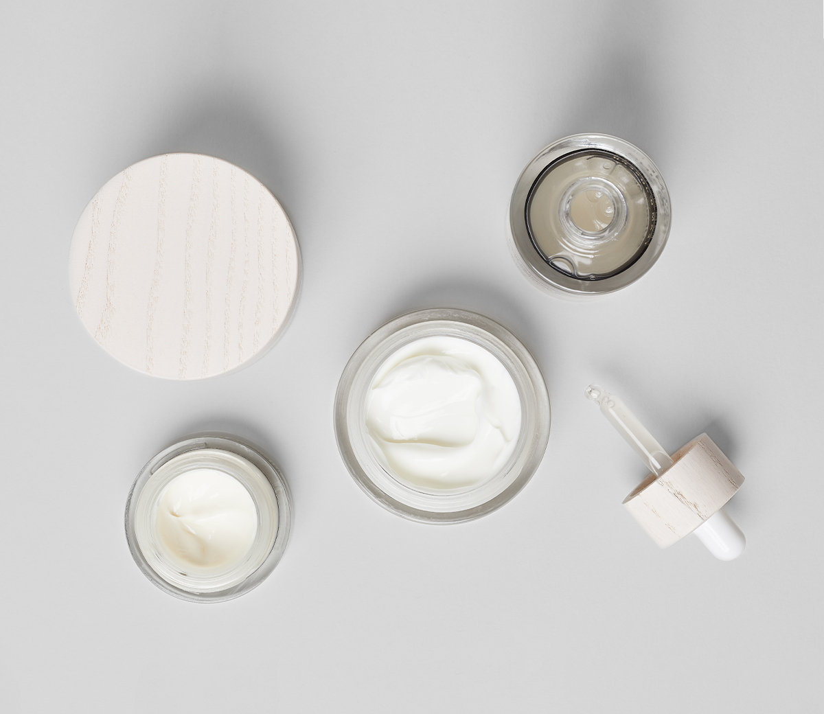 The Well Aging Set Firming ensemble for mature skin